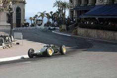 Jim Clark in the Lotus 25 at Monaco, 1963