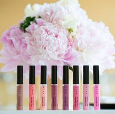 We hope your day is full of sparkle and shine like your favorite shade of Ultra Glazewear Lip Gloss! #AvonMakeup