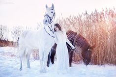 Margarita Kareva is a Russian photographer who specializes in fantasy art photography. As I have said in the first part, despite the fact that has taken Horse Girl Photography, Fantasy Photography, Equine Photography, Photography Ideas, Anime Animal, Winter Horse, Magic Women, Medieval World, Horse Art