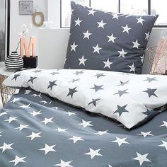 Bettwaesche-Sterne-Stars-grau-silber-weiss-Himmel-modern-Perkal-Baumwolle-Trend