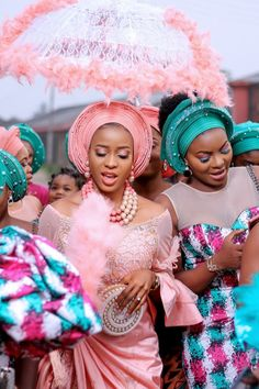 5 Amazing Ibom Brides And Traditional Umbrella Pictures African Bridal Dress, Best African Dresses, African Wedding Attire, Latest African Fashion Dresses, Pakistani Wedding Dresses, Indian Bridal, Wedding Hijab, Nigerian Wedding Dresses Traditional, Traditional Wedding Attire