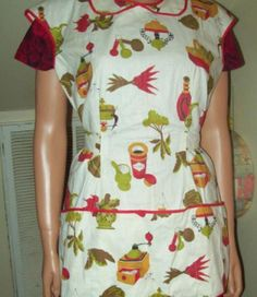 This apron did have the tags on it but somehow in my move it was torn off. I…