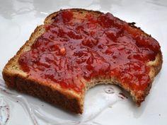 Interesting Strawberry Peach jam recipe that uses green apples instead of powdered pectin.