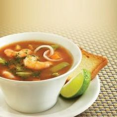 Sopa Picante de Camarón y Nopales