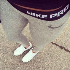 Nike shoes Nike roshe Nike Air Max Nike free run Nike USD. Nike Nike Nike love love love~~~want want want! Nike Free Shoes, Nike Shoes Outlet, Workout Attire, Workout Wear, Workout Outfits, Nike Workout, Workout Pants, Nike Outfits, Athletic Outfits