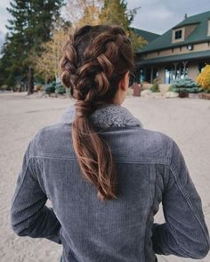 50 Trendy Dutch Braid Hairstyle Ideas To Keep You Cool - New Women& Hairstyles . - 50 Trendy Dutch Braid Hairstyle Ideas To Keep You Cool - Modern Hairstyles, Diy Hairstyles, Pretty Hairstyles, Hairstyle Ideas, Amazing Hairstyles, Running Hairstyles, Classy Hairstyles, Teenage Hairstyles, Everyday Hairstyles