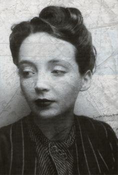 Marguerite Duras,  Elle m'a accompagné depuis ma jeunesse, à l'heure où les filles se maquillent et sortent,écrivent des SMS et sortent...
