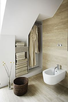 Love this tile with white.