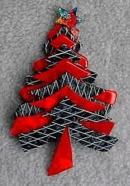 Christmas Tree Brooch by Lea Stein