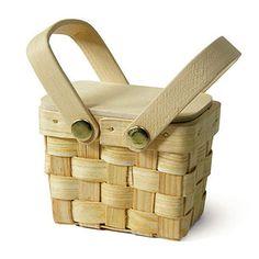 Miniature Picnic Basket Favor