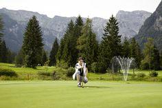 Der 18-Loch #Golfplatz in #Pertisau wurde 2010 zum schönsten Golfplatz #Österreichs  http://www.karwendel-achensee.com/de/pertisau-achensee-erleben/aktivurlaub-im-sommer/