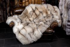 "The ""Smokey Fox"" is a very elegant fox. The fox fur blanket is cuddly soft, ideal for fresh e. Fur Bedding, Fur Rug, Fur Blanket, Fur Throw, Cool Rooms, Bed Covers, Fox Fur, Fur Coat, Furs"