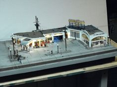 Horwood's Service center. diorama. Photo & model by Greg Shinnie