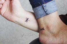 No photo description available. Little Tattoos, Mini Tattoos, Body Art Tattoos, Small Tattoos, Tatoos, Small Feminine Tattoos, Rosary Tattoos, Crown Tattoos, Bracelet Tattoos