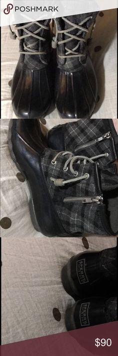 Sperry top-sider duck boots Black with grey plaid print sperry top-sider duck boots. They're in great condition, only a little normal wear since being worn twice. Sperry Top-Sider Shoes Winter & Rain Boots