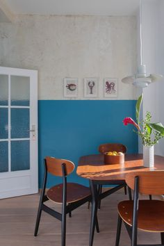 Interior Design By VINTAGENCY // KITCHEN Danish Mid Century Modern Table  And Chairs In