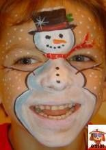 Christmas face painting contest - this would be fun to do with family or a group of friends.