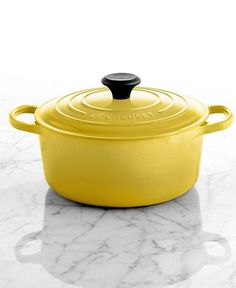Le Creuset Signature Enameled Cast Iron 4.5 Qt. Round French Oven - Cookware - Kitchen - Macy's