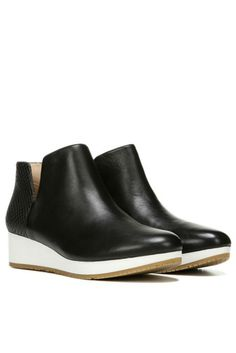 Dr. Scholl's Saraleah Ankle Boot