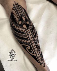 Work done at .(Work done before the corona virus epidemic)! Leg Tattoo Men, Leg Tattoos, Tattoos For Guys, Tribal Back Tattoos, Free Hand Tattoo, Tattoo Magazines, Tribal Art, Tattoo Studio, Tattoo Artists