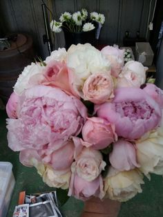 Beautiful peony roses  old fashioned English rose bouquet ♥