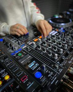 Pioneer Dj, Dj Booth, Female, Music, Studio, Musica, Musik, Muziek, Music Activities