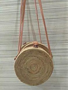 #rattanbag #wovenbag #bali #bag USD 50.  Info : Line : adibaf PM