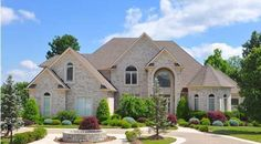 Wanting more information on the luxury neighborhoods in Louisville and the surrounding area? Click here and visit some of the neighborhood's websites to see what they offer!