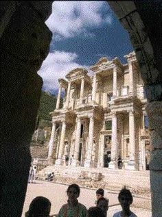 Celsus Library, Ephesus-Roman II.-Selcuk, Izmir - Civilizations of Turkey - Images - Picture Gallery - Travelers' Stories About Turkey