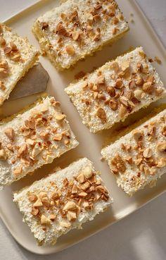 Kokosowe ciasto z migdałami. Kuchnia Lidla - Lidl Polska. #lidl #pawel #kokos