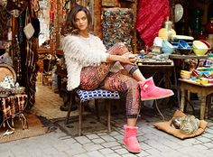 LOVE it UGG fashion This is my dream , Click the link for best price #UGG . http://cdn.fashionihttp://womenfoxfur.blogspot.com/