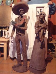 Catrinas Rancheras by Folkart Grand Master Miguel de la Cruz of Capula, Michoacan, Mexico