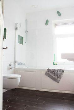 eclectic bathroom by Louise de Miranda, dark emerald and white