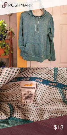 Avia Mesh Lined Hoodie Sweatshirt Excellent condition,  hoodie is lined with a soft mesh lining Avia Tops Sweatshirts & Hoodies