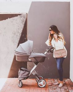 We love this precious moment of @irinabond and her baby in our Stokke Xplory stroller #MumsBabiesToddlers