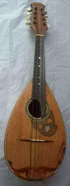 Wonderful Vintage Estate 1962 Suzuki Violin Co., Ltd. Bowl Back Mandolin #201