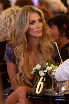 Delta Goodrem... Why can't I look like her!!???