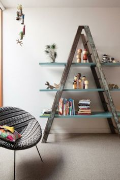 Creative shelving idea, love this ladder shelving idea - old ladder, new use, great!