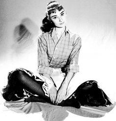 Audrey by Pierluigi Praturlon, 1956 год. – 8 Bilder