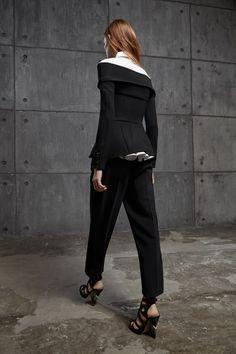 Sfilata Antonio Berardi Londra - Pre-Collezioni Autunno-Inverno 2016-17 - Vogue