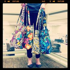 How's a girl to choose? We LOVE the new Vera Bradley Spring collection Abercrombie T Shirt, Vera Bradley Handbags, Backpack Pattern, Pack Your Bags, Recycle Jeans, Western Outfits, Knitted Bags, Girly Things, Purses And Bags