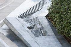 Galeria de Arquitetura e Paisagem: padrões naturais e culturais projetados na Praça Sowwah por Martha Schwartz - 20