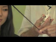 Cut Your Own Hair Tips, How To Trim Split Ends & Add Layers by Curt Darling.I am definitely going to try this. Cut Split Ends, Split Ends Hair, Trim Your Own Hair, How To Cut Your Own Hair, Hair Tips, Hair Hacks, Hair Ideas, Skin Secrets, Twist Hairstyles