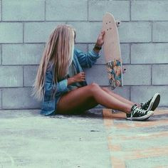 Quest Longboards is a top-selling longboard brand that is based in California, USA. We provide longboard skateboards that complement the leisure skaters' lifestyle! Skater Girl Style, Skater Girl Outfits, Skater Girl Hair, Surfergirl Style, Surfboard, Surfer Hair, Skate Girl, Skate Style Girl, Skateboard Girl
