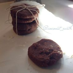 Clean Chocolate Fudge Cookies! 130g Almond Meal 1 Tablespoon clean peanut butter 2 Tablespoons of melted Coconut Oil 2 teaspoons of Vanilla extract 1/4 teaspoon Baking Powder Pinch of ground Himalayan salt 3 Tablespoons of Raw Cacao powder Handful or Sultanas 2 Tablespoons of desiccated Coconut Half a Tablespoon of Macca Superfood powder 2 Tablespoons of Chocolate Protein powder Gradual small amounts of water. Shape and cook on 180 degrees fan forced for 13 minutes.