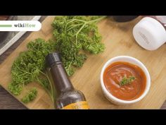 You just need 5 minutes to make your own, classic BBQ sauce. This quick video will give you some tips on how to make barbecue sauce at home! How To Make Barbecue, Best Barbecue Sauce, Bbq, Best Dishes, Grilling, Make It Yourself, Ethnic Recipes, Youtube, Food