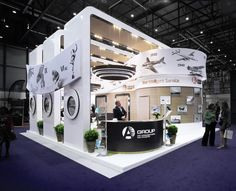 Awesome design for this trade show booth!