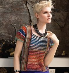 Fuente: http://knittingfever.com/noro/pattern/15-multidirectional-cap-sleeve-top/
