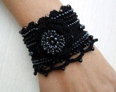 Bracelet Crochet Cuff Crochet Bracelet Bracelet por SvetlanaCrochet