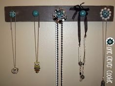 From The Drawer to The Wall Keep Jewelry, Craft Party, Jewellery Display, Projects To Try, Hair Accessories, Cleaning, Jewels, Board, Wall